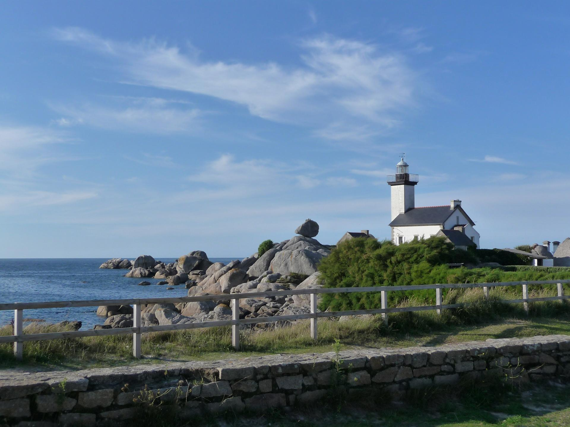 Pontusval lighthouse, Brignogan